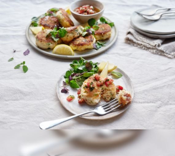 Crab Cakes With Tomato